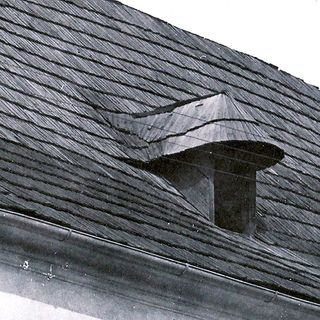 Dormer on the roof of the house No.540, around 1930