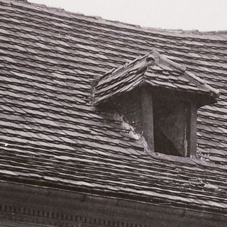 Dormer n the roof of the house No. 339, around 1930